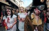 """Quelques 250 morts-vivants défilent à Bordeaux pour la """"zombie walk"""""""