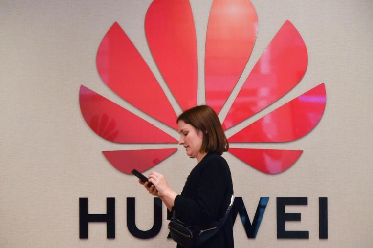 """Huawei réplique à Trump: les Américains nous """"sous-estiment"""""""