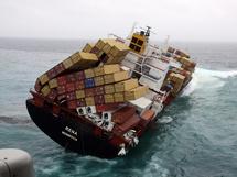 Nouvelle-Zélande: la situation de plus en plus précaire pour le cargo échoué