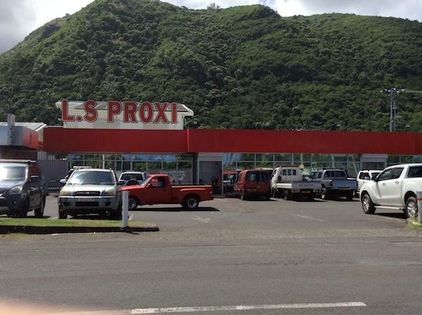 Les deux cyclistes se trouvaient près du supermarché LS Proxi.