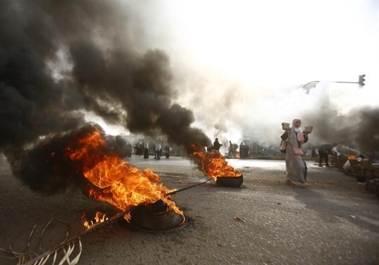 Soudan: la dispersion du sit-in de la contestation fait au moins 13 morts