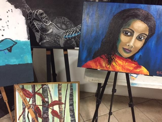 Les élèves de l'atelier créatif de Majo Sotomayor exposent