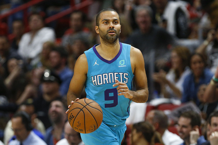 Basket: Tony Parker fait ses adieux aux parquets