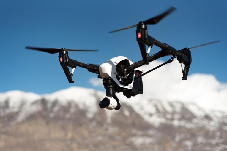 Japon: interdit de piloter un drone en état d'ivresse