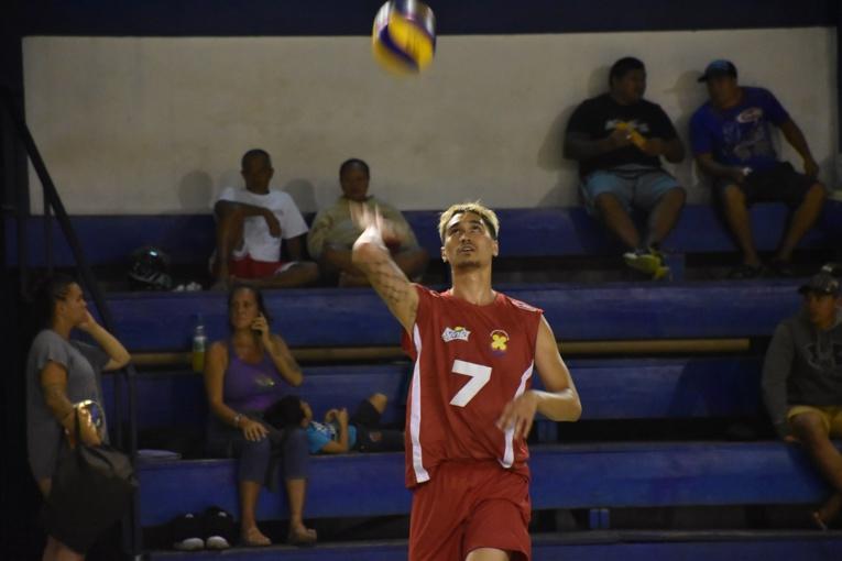 Nohoarii Paofai, 23 ans, disputera le mois prochain à Samoa les Jeux du Pacifique avec la sélection tahitienne de volley. Il rejoindra ensuite son nouveau club de l'AS Cannes pour préparer la prochaine saison de Pro A.