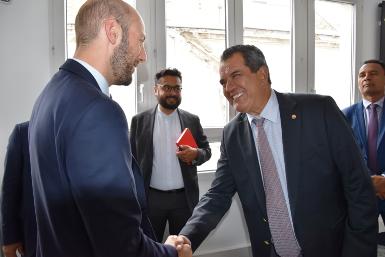 Le Tapura va officialiser son soutien au parti d'Emmanuel Macron