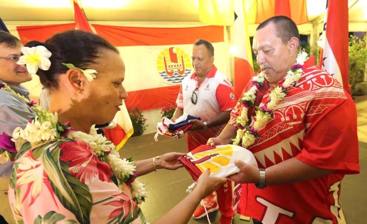 Le comité olympique de Polynésie française est présidé par Louis Provost, à droite sur la photo
