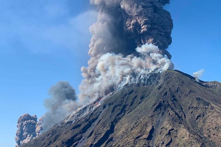 talie: Un mort dans une puissante éruption du Stromboli