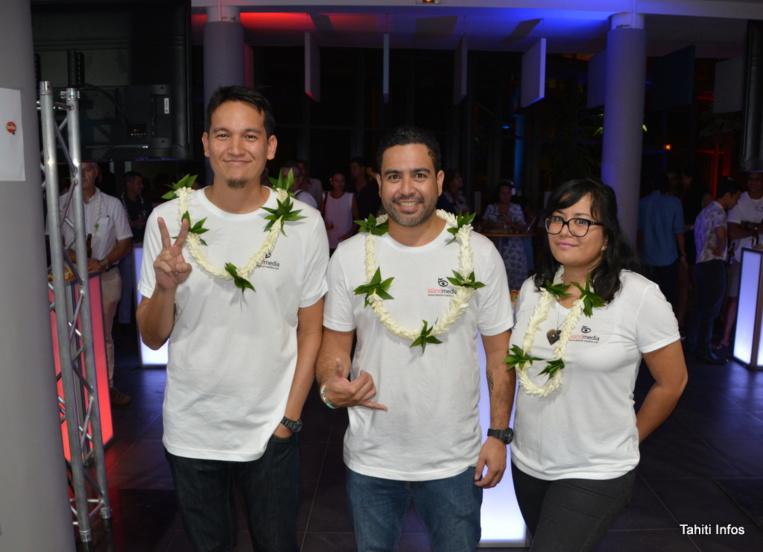 Hennessy Maraeauria, Matairea Bessert et Poevaiva Bessert, les trois co-fondateurs de Island Media lors de la soirée de lancement le jeudi 27 juin.