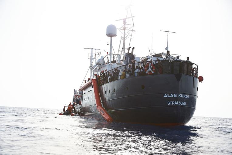 Méditerranée: nouvelle opération de secours de l'Alan Kurdi au large de la Libye