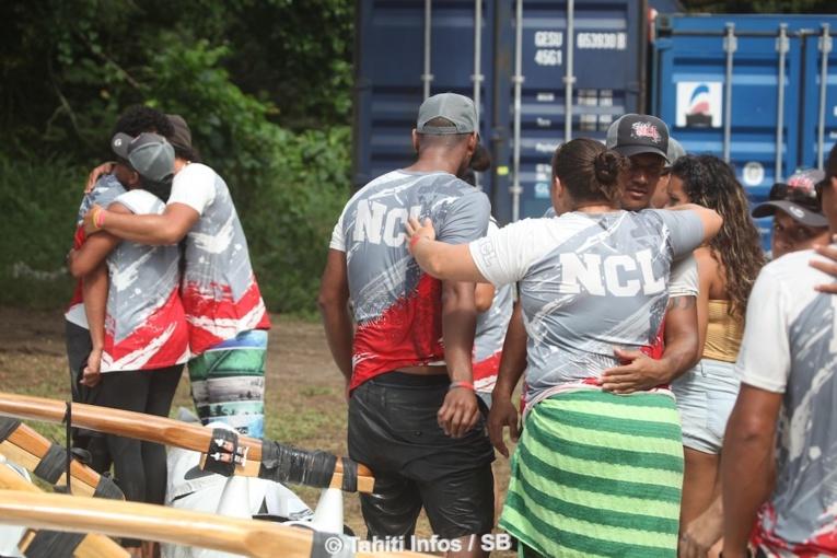La Calédonie abandonne après un contact avec Tahiti