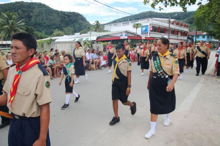 Les habitants de Huahine ont défilé