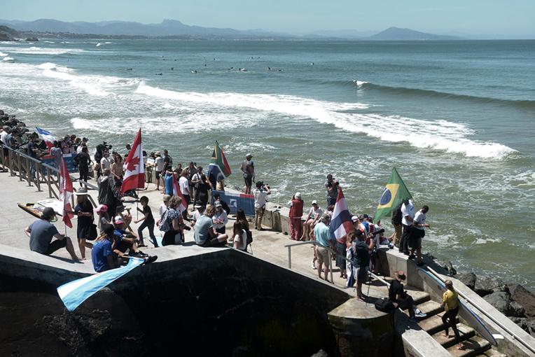 JO-2024: Hossegor et Biarritz, sites de surf concurrents en attendant d'être partenaires ?
