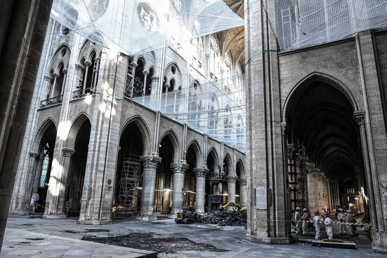 A Notre-Dame, au coeur d'un chantier titanesque, passionnant et sous haute sécurité