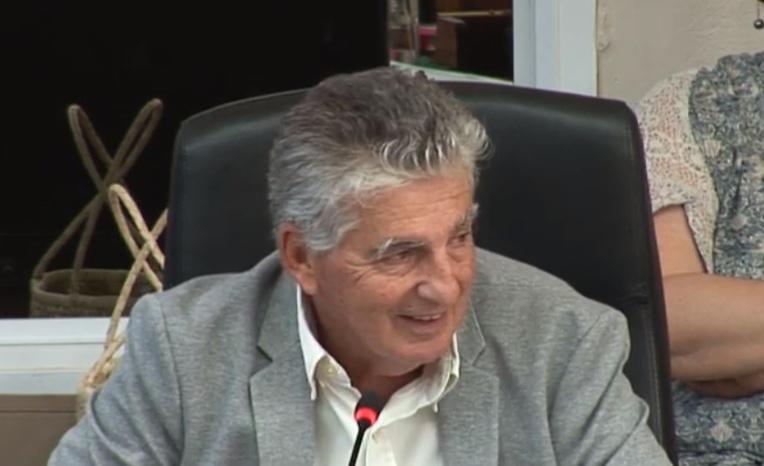 Le ministre de la Santé, Jacques Reynal, jeudi lors de la séance de la commission permanente à l'assemblée.