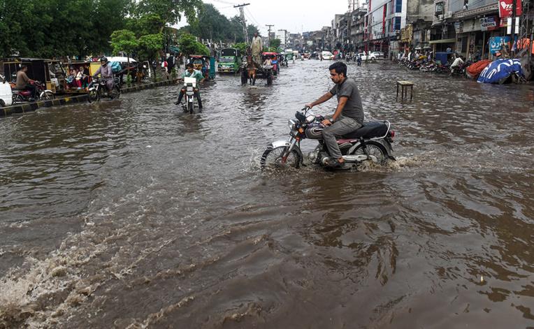650 morts de la mousson en Asie du Sud