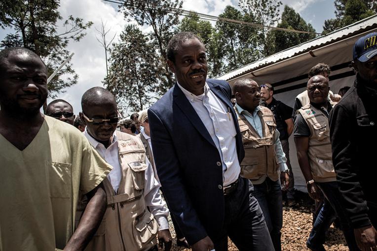 Ebola en RDC: démission du ministre de la Santé sur fond de refus d'un vaccin belge