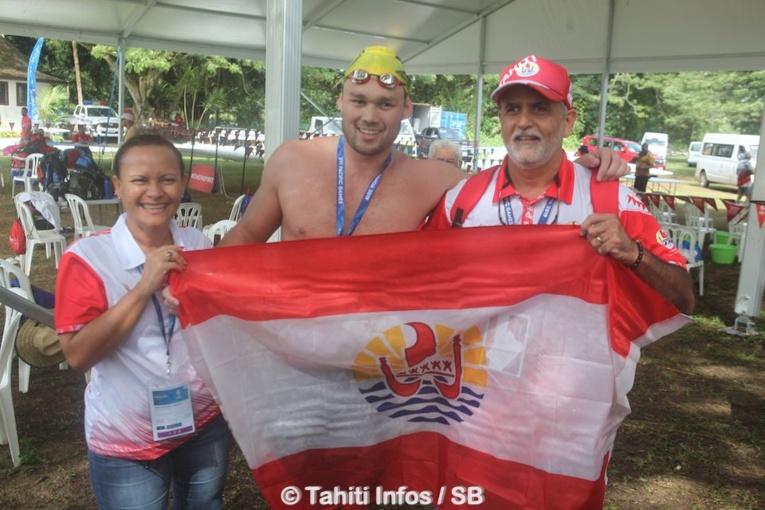 Trois médailles d'or pour Rahiti De Vos en natation