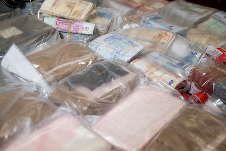 Une tonne de cocaïne saisie en Suisse et à Hong-Kong, un vaste réseau démantelé