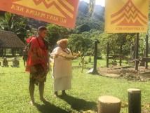 """: """"Il faut continuer à se battre pour sa terre parce que c'est de là que vient la vie d'un Polynésien et le plus important c'est de là qu'il tire mana"""", a indiqué Yves Doudoute, membre de l'association Haururu."""