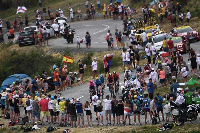 Tour de France: la 19e étape arrêtée après une averse de grêle