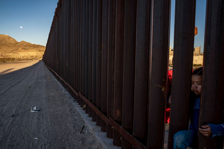 """USA: """"grande victoire"""" pour Trump, autorisé à user de fonds militaires pour le mur"""