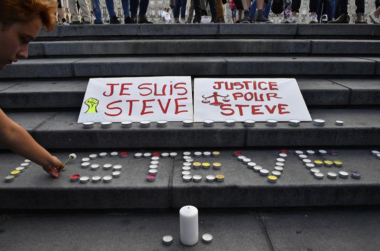 Mort de Steve: l'exécutif en première ligne