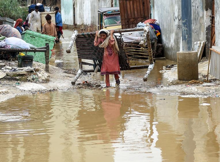 Pakistan : la mousson fait au moins 12 morts à Karachi