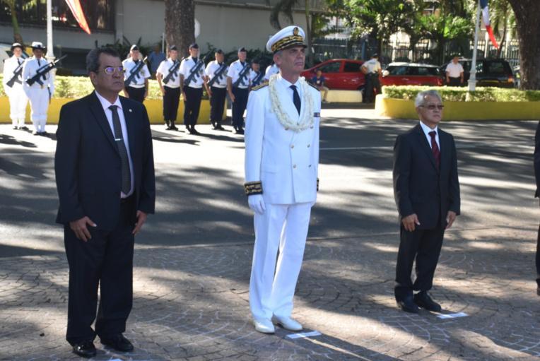 Le haut-commissaire, Dominique Sorain, a assisté à sa première cérémonie de dépôt de gerbe au monument aux morts de Papeete.