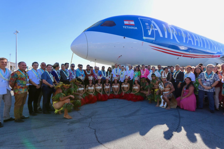 ATN bénit son dernier Dreamliner, le « Tetiaroa »