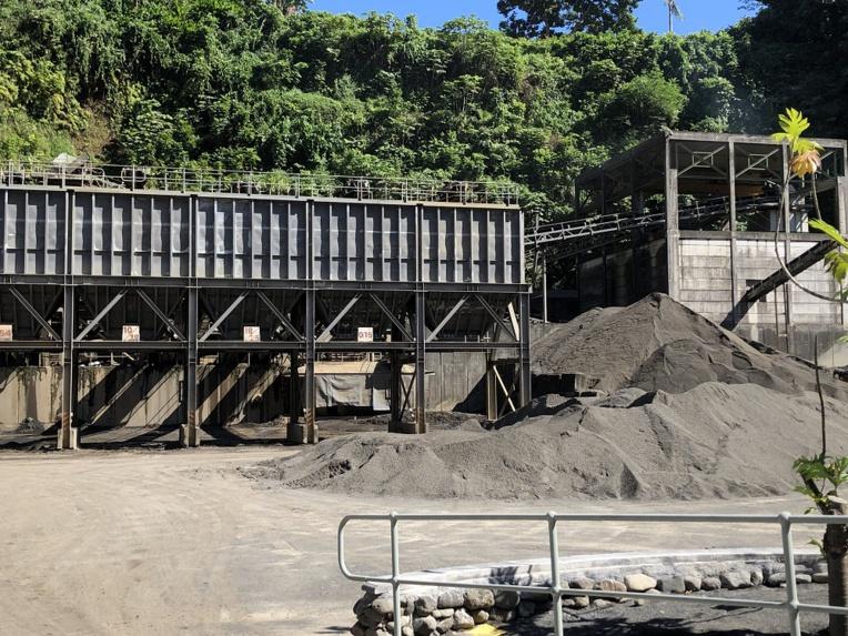 Trois sociétés de concassages fonctionnent déjà à plein régime dans la vallée de la Papenoo.