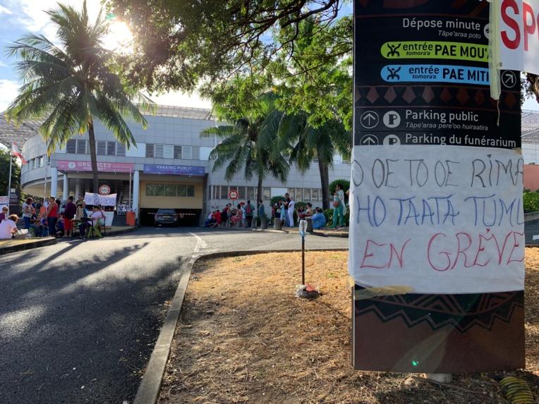 Début de grève timide à la Santé
