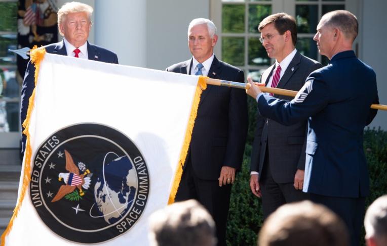 Trump lance un commandement de l'espace face aux menaces de guerre des étoiles