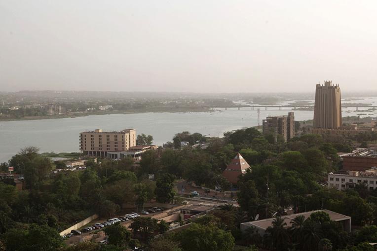 Effondrement d'un immeuble: les recherches se poursuivent à Bamako