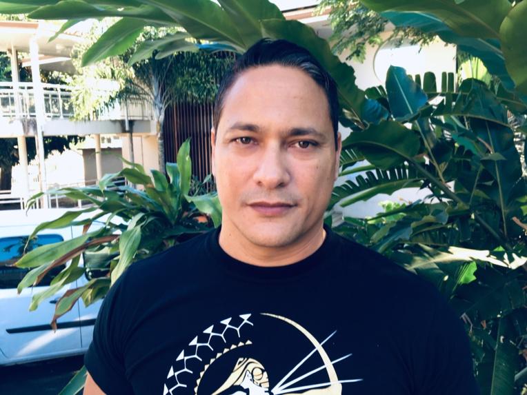 Prison avec sursis pour Temaru, 100 millions d'amende pour Radio Tefana