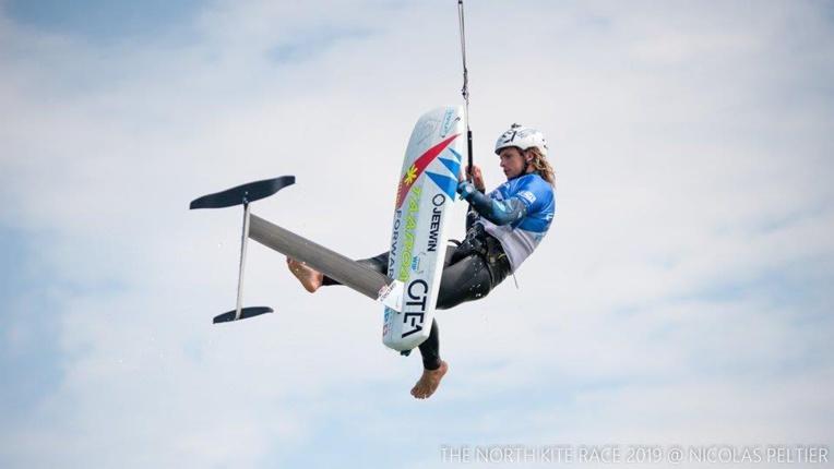 Le champion de kite foil a pu se remettre de son accident