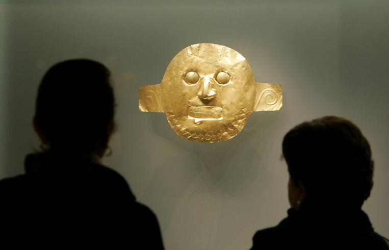 Le public est fasciné par la richesse de ce musée unique au monde.