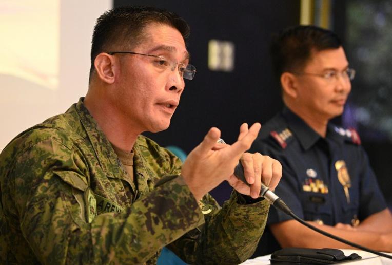 Venue arrêter quatre suspects, la police philippine repart avec 277 Chinois