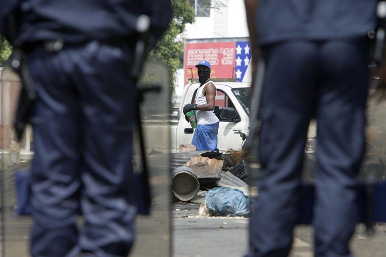 Des policiers manifestent en Martinique face au manque d'effectifs