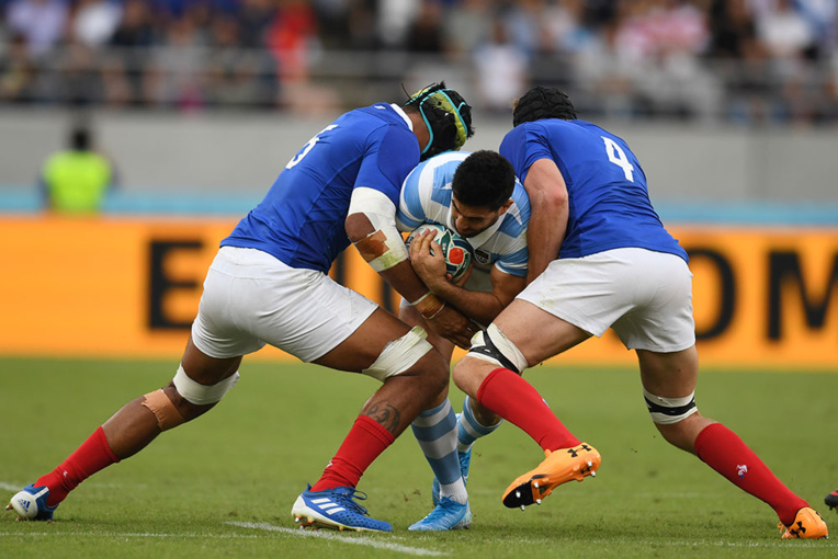 La France bat l'Argentine 23-21 dans un match capital pour la qualification
