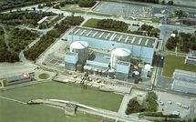Nucléaire: Des salariés de Fessenheim manifestent devant le siège du PS à Mulhouse