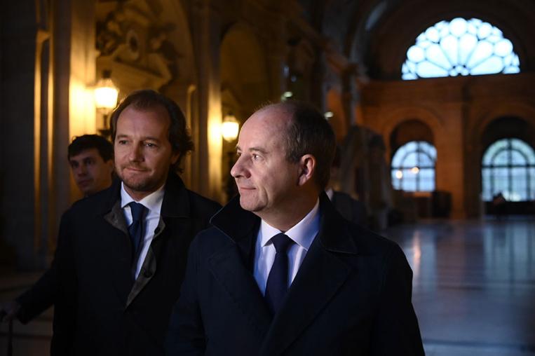 """""""Violation du secret"""": l'ex-garde des Sceaux Urvoas condamné par la Cour de Justice de la République"""