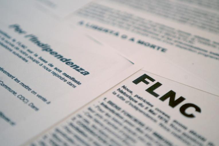 """Corse: un petit groupe clandestin annonce la """"reconstitution"""" d'un FLNC"""