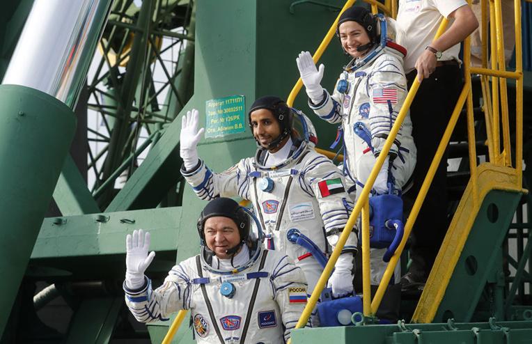 Retour sur Terre réussi du premier Emirati dans l'espace