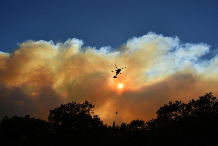 Incendies: la Californie en état d'alerte, évacuations en cours