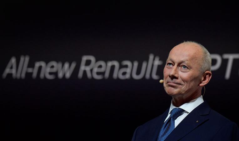 """Renault: le directeur général évincé, """"un nouveau souffle"""" pour tourner la page Ghosn"""
