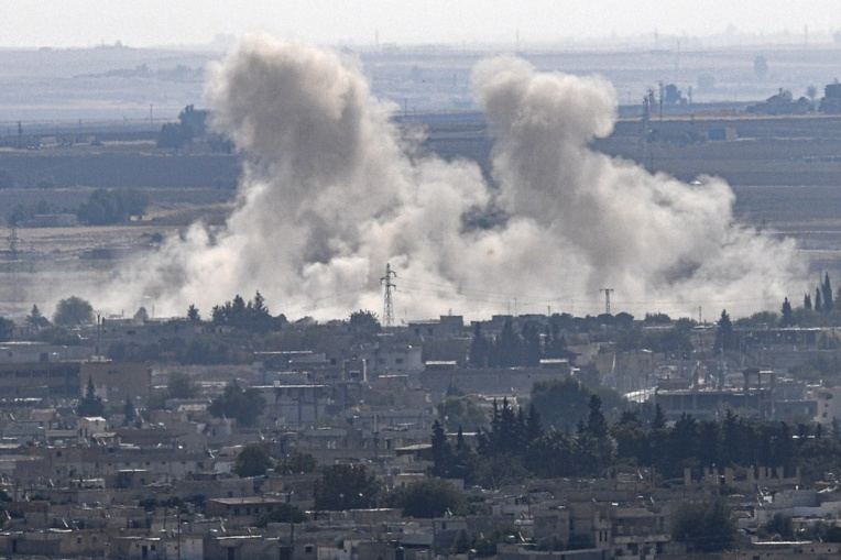 Vague d'incendies en Syrie et au Liban, qui appelle ses voisins à l'aide