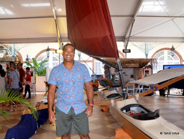 Teiva Véronique, entrepreneur, veut remettre la navigation traditionnelle au goût du jour.