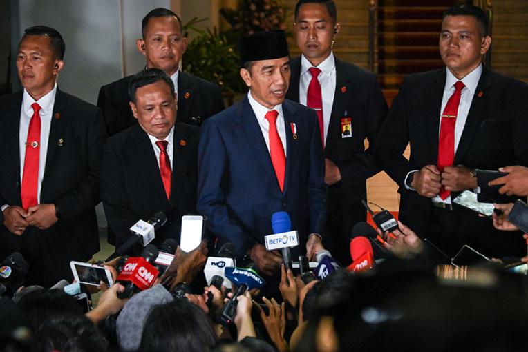 Indonésie: Joko Widodo débute un second mandat sous haute sécurité