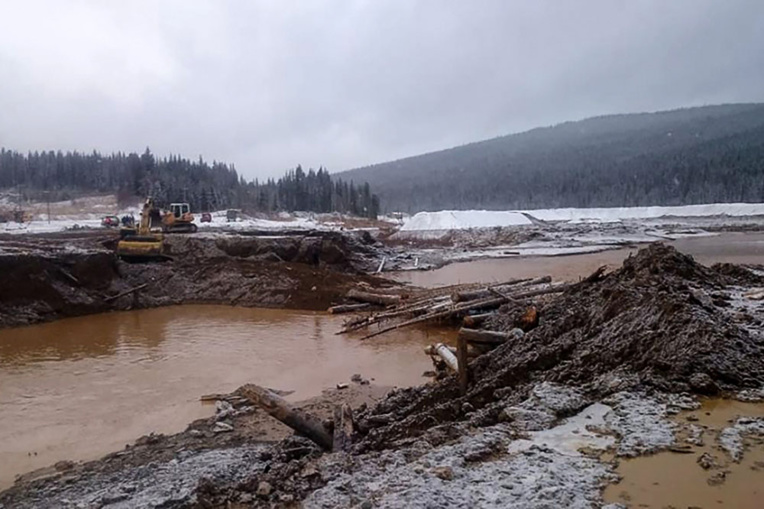 Au moins 15 morts après la rupture d'un barrage en Sibérie